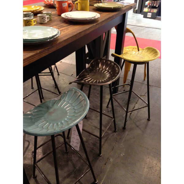 Industrial barstool tractor seat - Chaise de bar style industriel ...