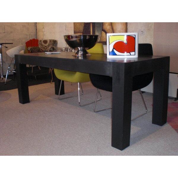 Table repas intérieur et extérieur