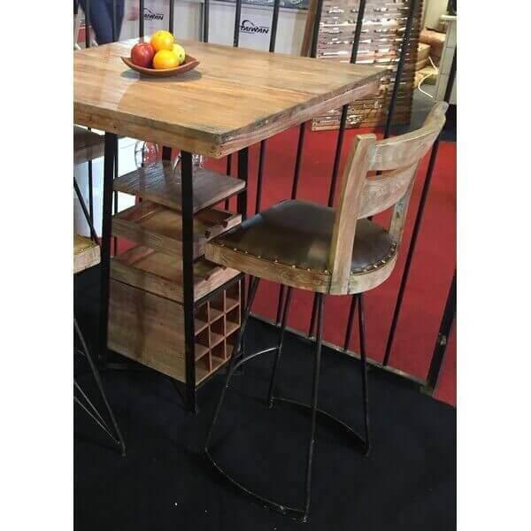 Table haute bois avec rangement for Table de cuisine haute avec rangement