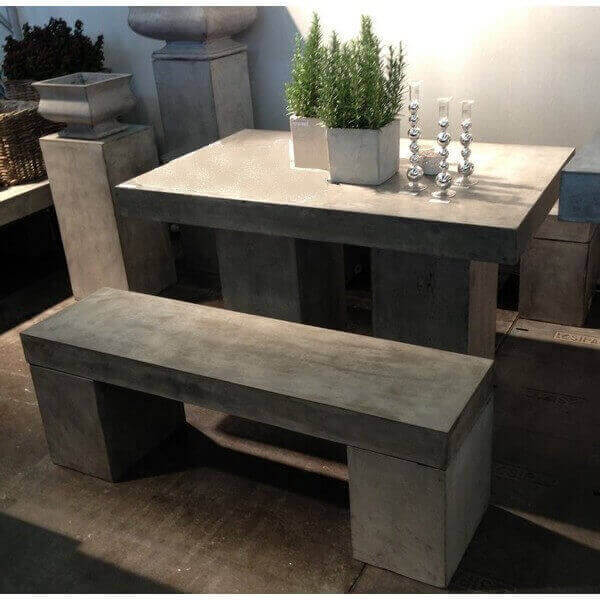 Table repas beton massif for Table beton cire exterieur