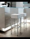 CUBE - Tabouret de bar moderne en acier et aspect cuir