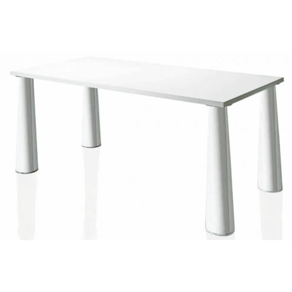 Flare table by Magis