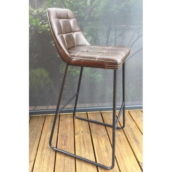 chaise bar confortable. Black Bedroom Furniture Sets. Home Design Ideas