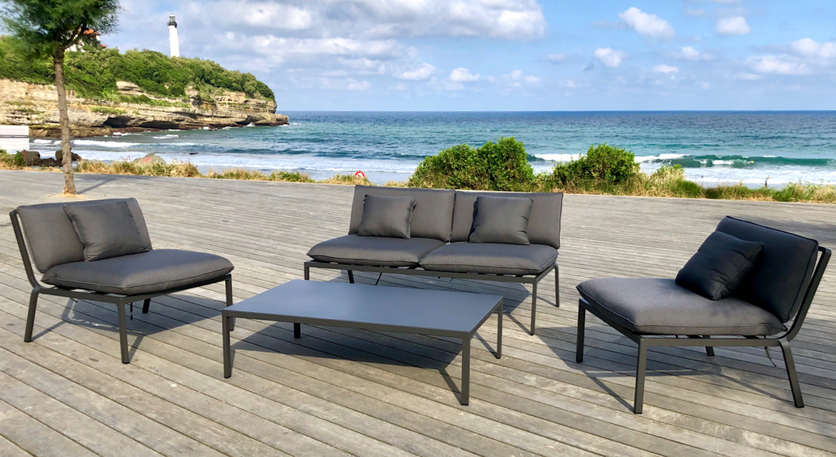 Our garden furniture sets